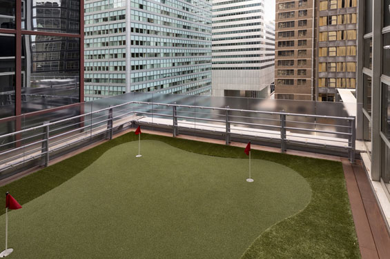 5_putting-green-low-res