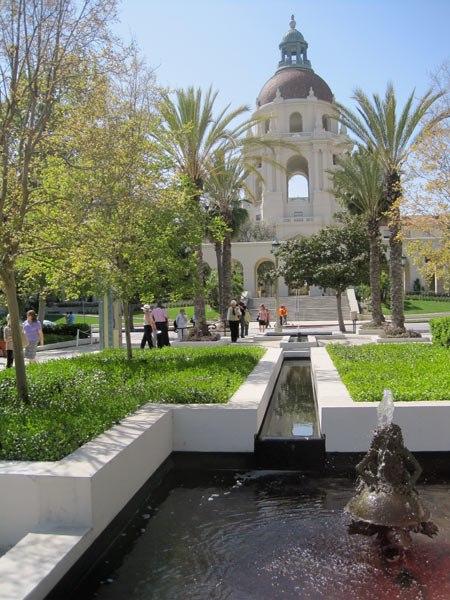 Plaza Las Fuentes,Pasadena