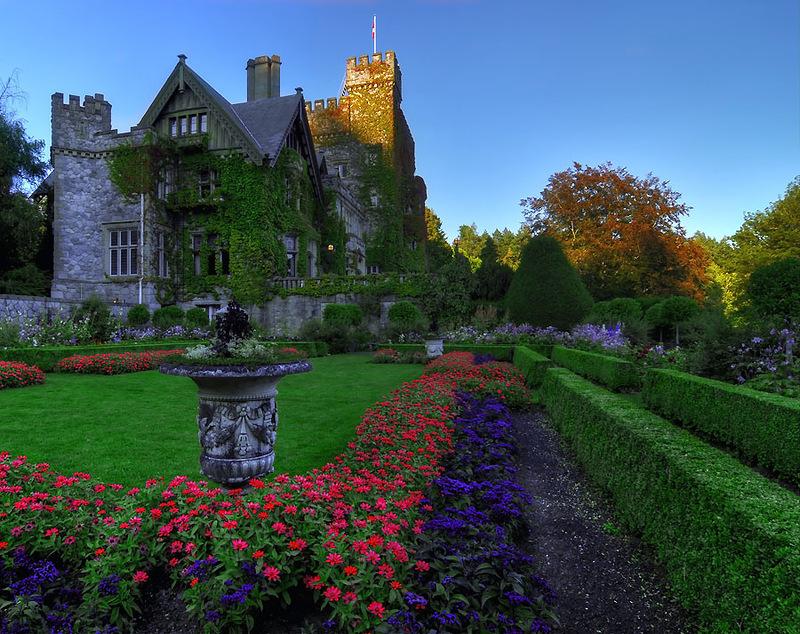 Hatley-Castle8