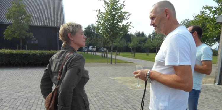 Menno Kroon in gesprek met Fabienne van der Veen van DURF! Kleding en Wonen ( Gierstraat 58 ) in Haarlem.