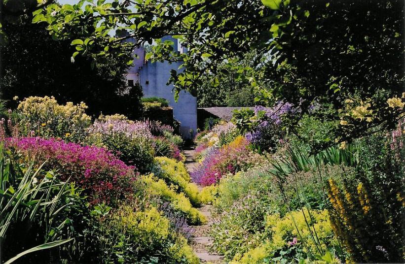 De Magische Tuin : Tien bekende tuinen van schotland u tuinenstruinen