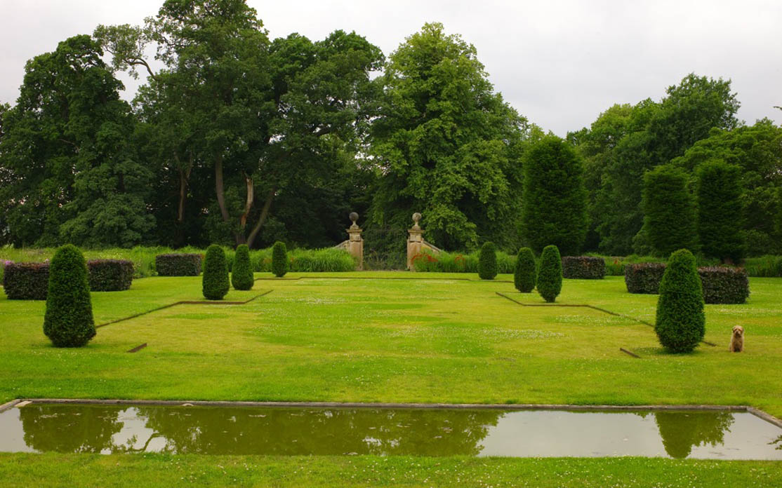 301 moved permanently for Garden design derbyshire