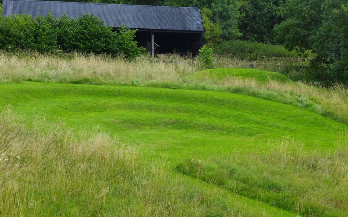 Modern romantisch design arne maynard in derbyshire for Garden design derbyshire