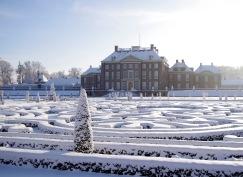 www.paleishetloo.nl