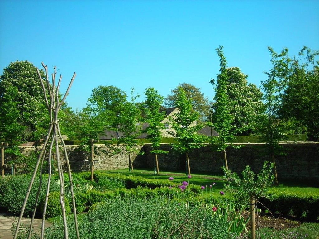 garden-design-Kurgo07