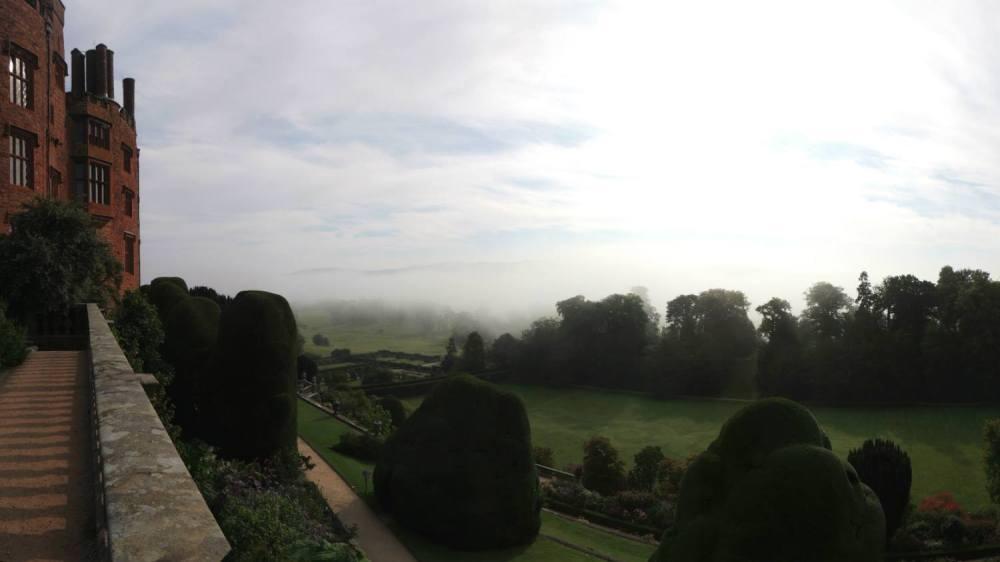 De klassieke schoonheid van powis castle and gardens in wales tuinenstruinen org - Hoe dicht terras ...