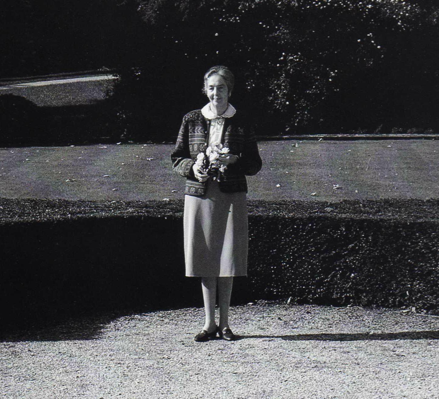 Tuinvedettes uit GJ. Deunk's archief – Gravin Michel d'Ursel