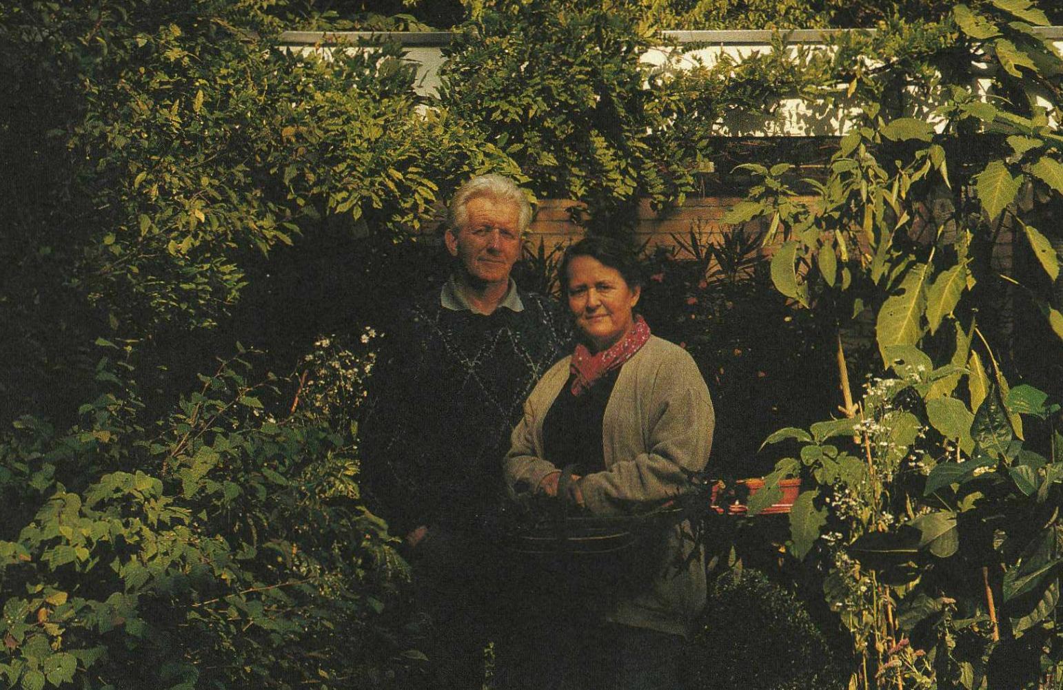 Tuinvedettes uit GJ. Deunk's Archief – Arie en Hanneke Kamphorst