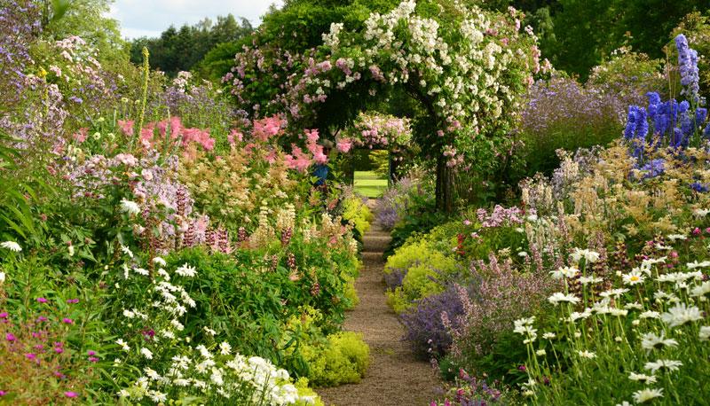 Carolside gardens de parel van de scottish borders for Mooie tuinen kijken
