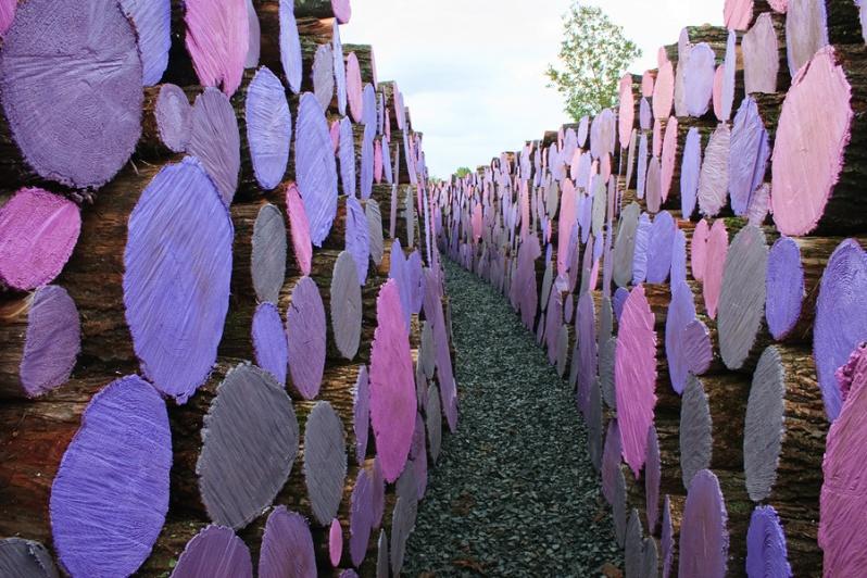 WAKE. 2006. Wood, paint. 95 feet. Franconia Sculpture Park, Shafer, Minnesota.