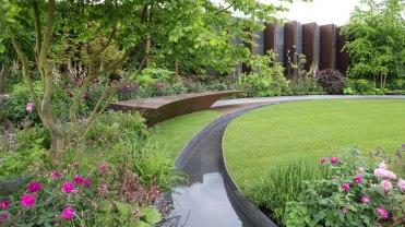 The Chelsea Barracks Garden door Jo Thompson