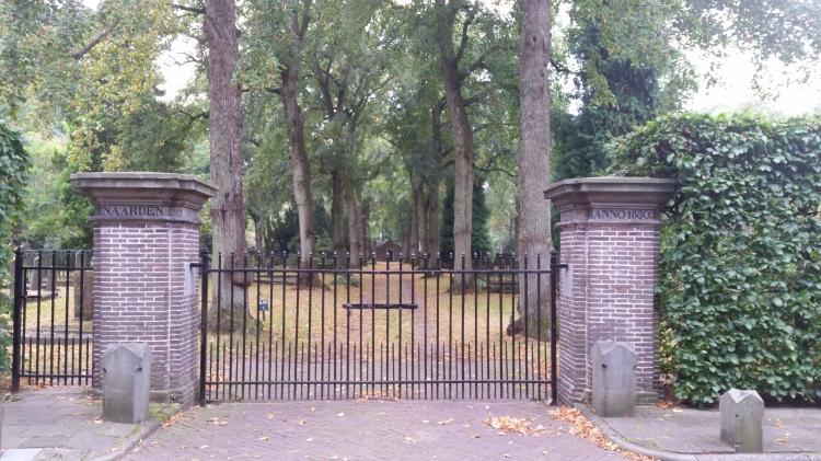 Naarder begraafplaats te Bussum