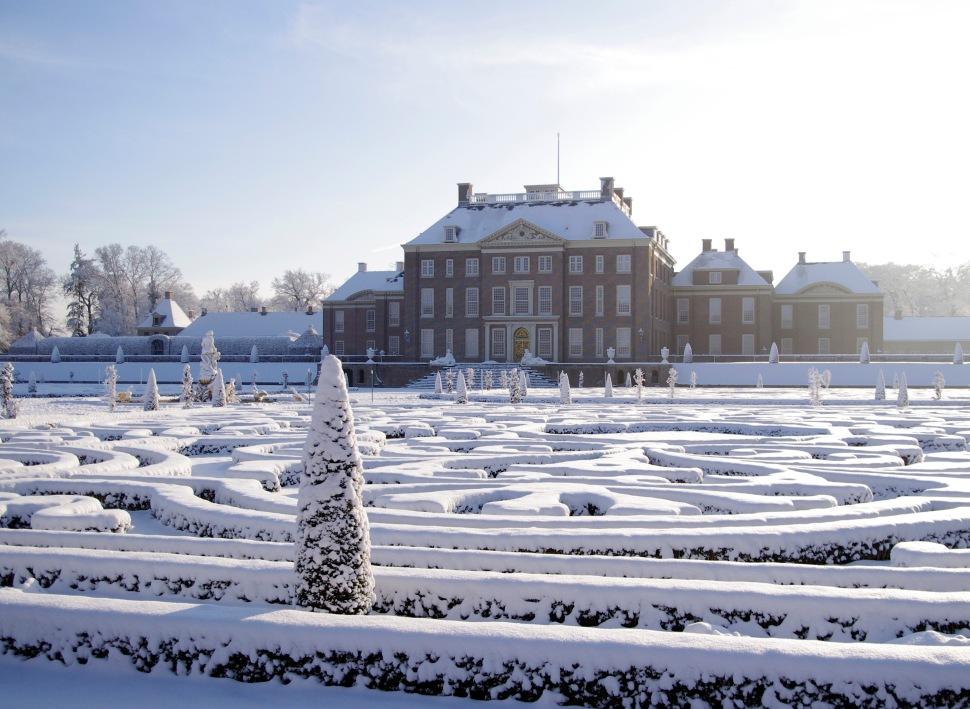 Achtergevel-winter-foto-Paleis-Het-Loo