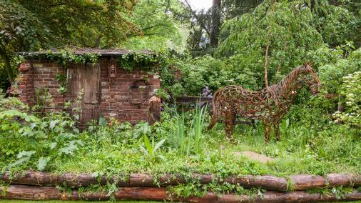 The World Horse Welfare Garden - Adam Woolcott and Jonathan Smith