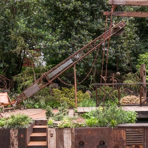 Walker's Wharf Garden supported by Doncaster Deaf Trust - Graham Bodle
