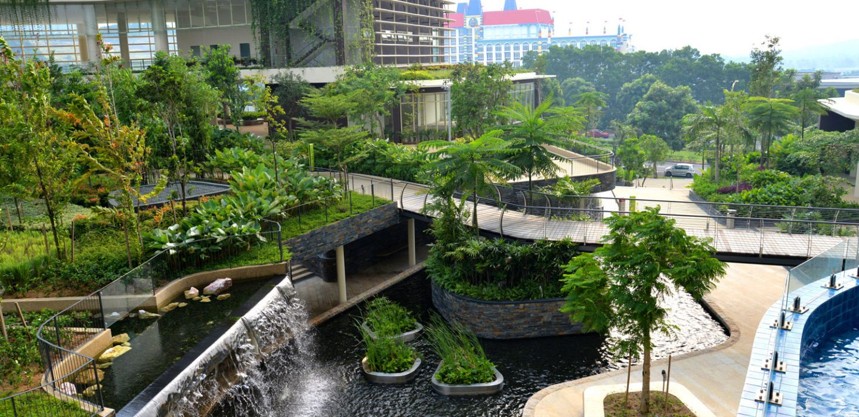 Hoogwaardige stadsnatuur in Afiniti Medini, Maleisië ontworpen door Grant Associates